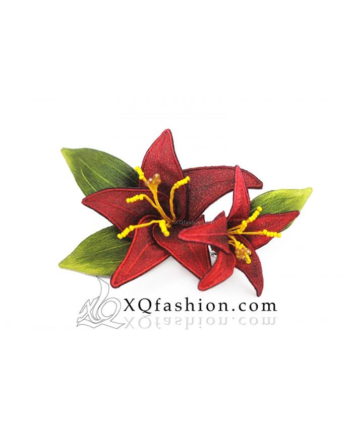 Cài áo hoa Lys
