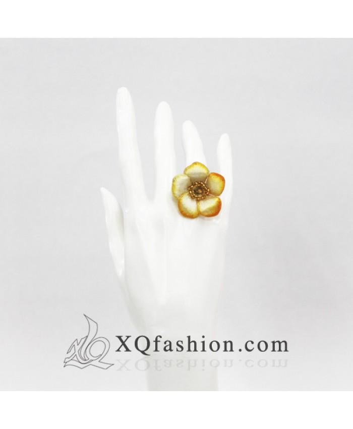 Nhẫn Hoa Mai Vàng