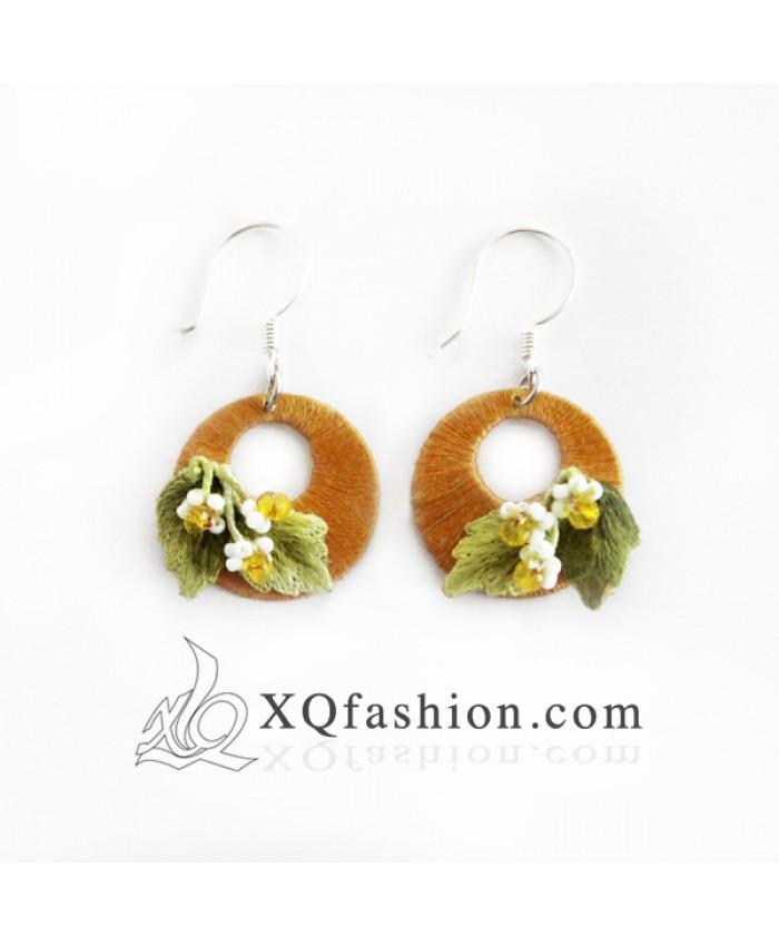 Hoa tai Trăng Vàng